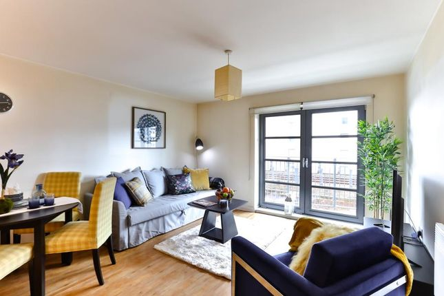 Thumbnail Flat to rent in Short Let, Zenith Basin, Limehouse