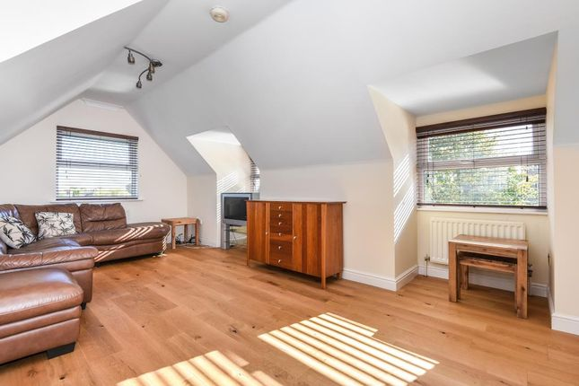 Thumbnail Flat to rent in Straight Road, Old Windsor