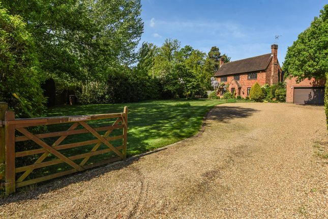 Thumbnail Property for sale in Forest Road, East Horsley, Leatherhead