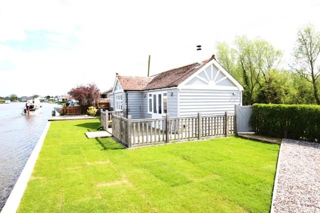 Thumbnail Bungalow for sale in Repps With Bastwick, Gt Yarmouth, Norfolk
