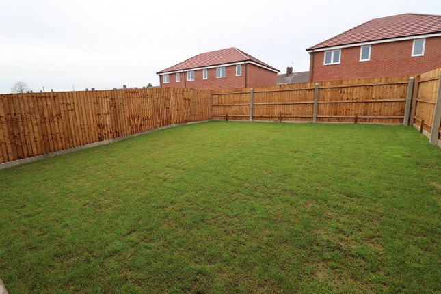 Garden of Fourth Avenue, Edwinstowe, Mansfield NG21