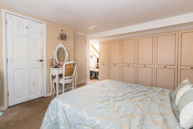 Ensuite Room To Rent In Westcliff On Sea
