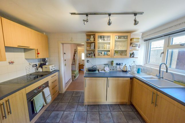 End terrace house for sale in Hitchin Road, Arlesey