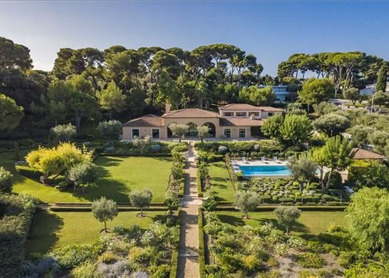 Thumbnail Detached house for sale in Cap D'antibes, 06160 Antibes, France