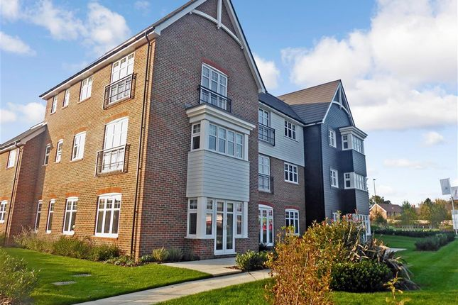 Thumbnail Flat for sale in Worthing Road, Southwater, Horsham, West Sussex