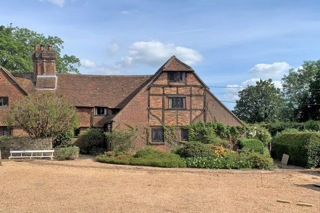 4 bed semi-detached house for sale in Shere Road, Ewhurst, Cranleigh GU6