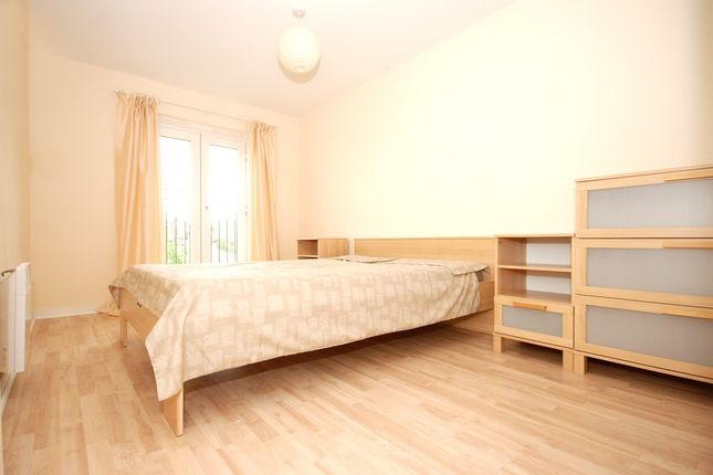 Thumbnail Flat to rent in Raynald Road, Manor