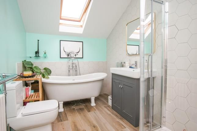 Bathroom of Two Mile Hill Road, Bristol, Somerset BS15