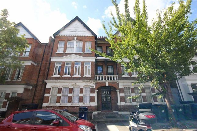 Thumbnail Flat to rent in Shalimar Gardens, London