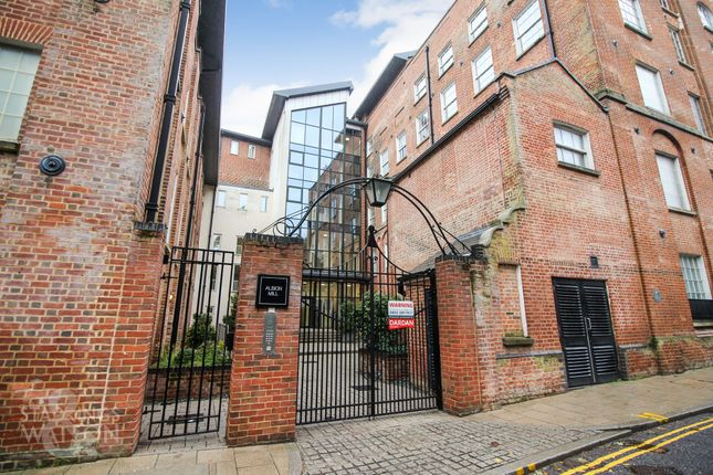 Thumbnail Flat for sale in Albion Mill, King Street, Norwich