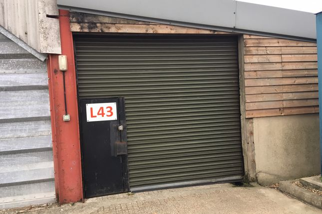 Commercial property to let in Church Street, Kelvedon, Colchester