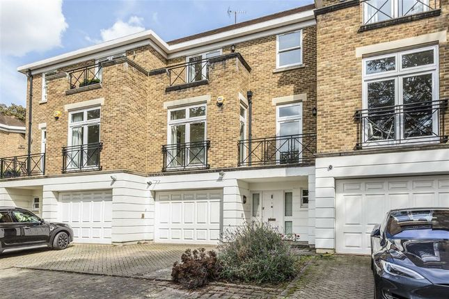 Thumbnail Property to rent in Willoughby Road, Twickenham