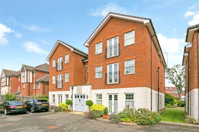 Thumbnail Flat for sale in Hanover Court, 37 Chesham Road, Amersham, Buckinghamshire
