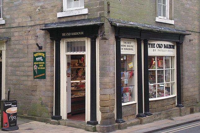 Thumbnail Restaurant/cafe for sale in High Street, Harrogate