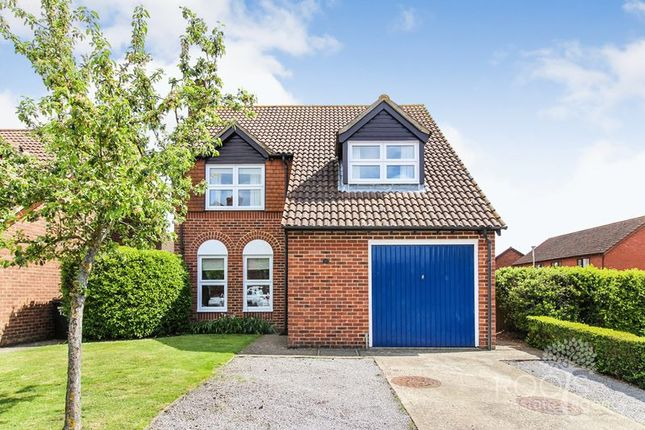 Thumbnail Detached house for sale in Thompson Drive, Thatcham