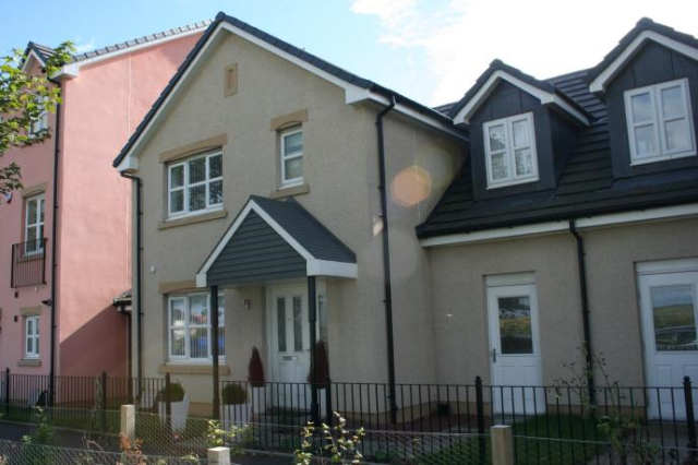 Thumbnail Semi-detached house to rent in Hillend View, Winchburgh