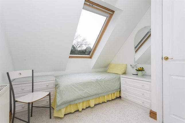 Bedroom 3 of Comp Lane, Offham, West Malling ME19