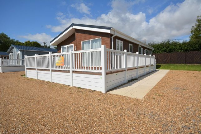 2 Bed Mobile Park Home For Sale In London Road Kessingland Lowestoft