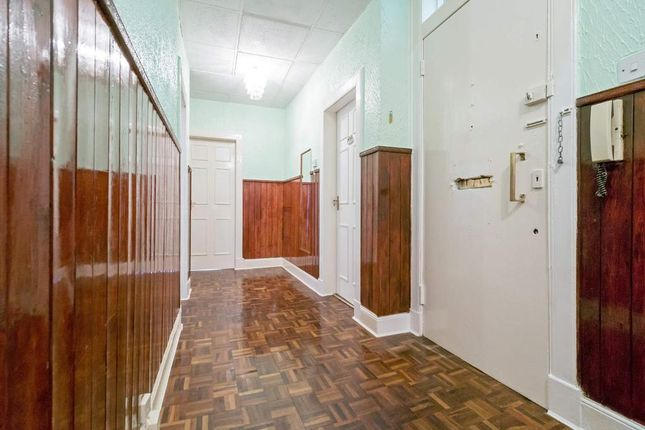 Hallway of Whitevale Street, Glasgow, Lanarkshire G31