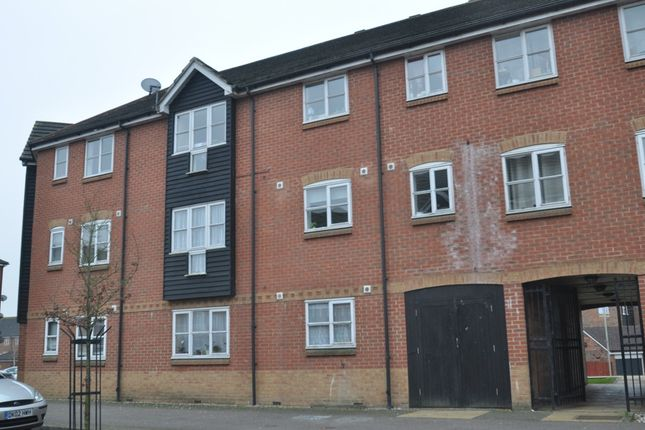 Thumbnail Flat to rent in Riverbank Way, Ashford