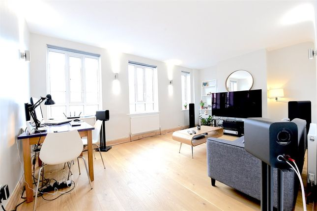 Thumbnail Flat for sale in Central Parade, Surbiton