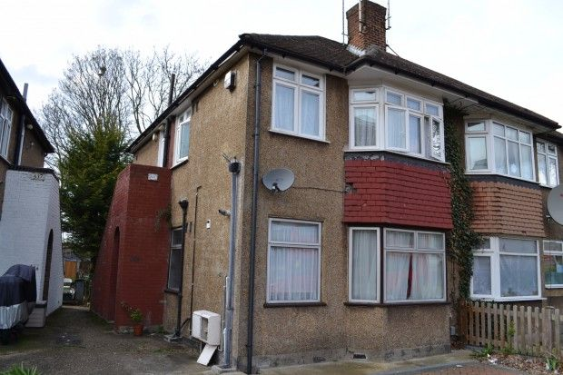 Thumbnail Flat to rent in Oldfield Lane North, Greenford