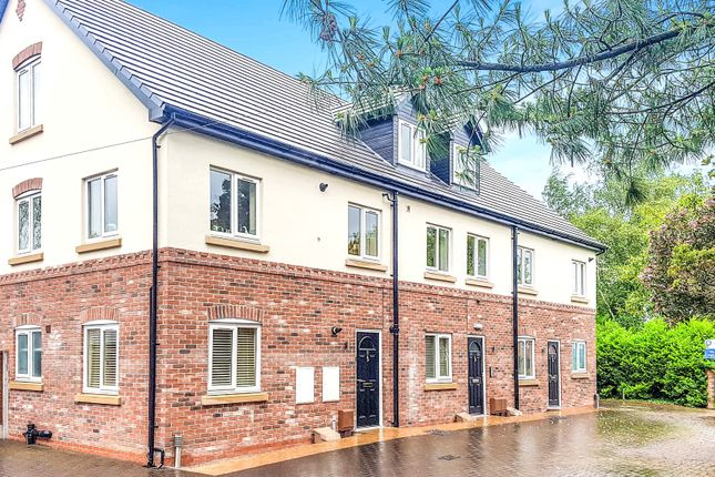 Thumbnail Flat to rent in Lime Tree Mews, Shavington, Cheshire