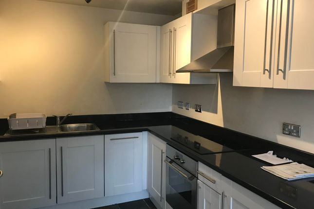 2 bed flat to rent in Sycamore Street, Blaby, Leicester LE8