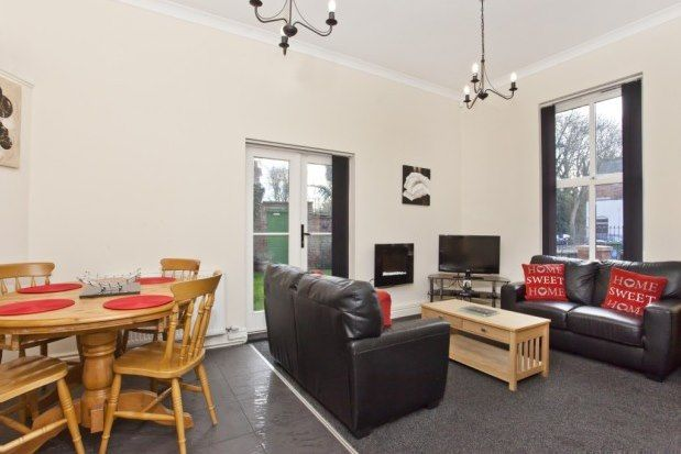 Thumbnail Cottage to rent in Sycamore Place, York