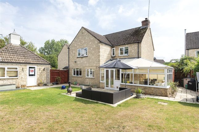 Thumbnail Link-detached house for sale in Perrinsfield, Lechlade