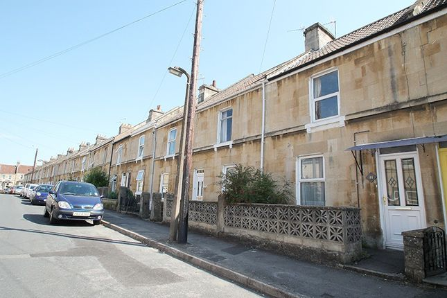3 bedroom terraced house for sale in Albany Road, Bath