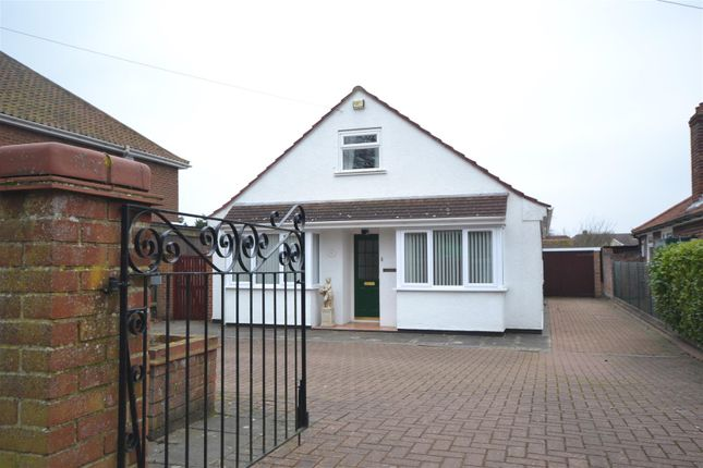 3 bed detached bungalow for sale in Thorpe St Andrew, Norwich