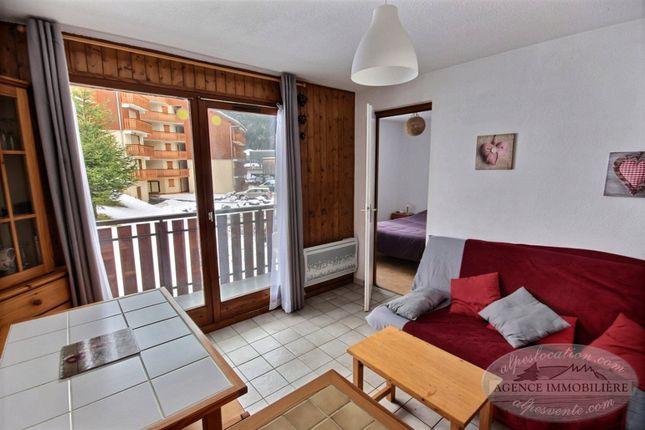 Resort, Saint-Jean-D'aulps, Le Biot, Thonon-Les-Bains, Haute-Savoie, Rhône-Alpes, France