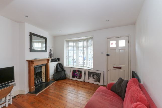 Thumbnail End terrace house for sale in Southbank, Thames Ditton