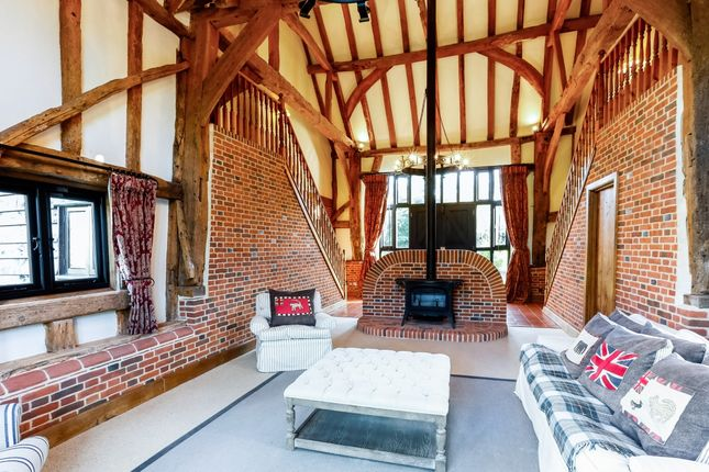 Thumbnail Barn conversion to rent in Henley Road, Marlow