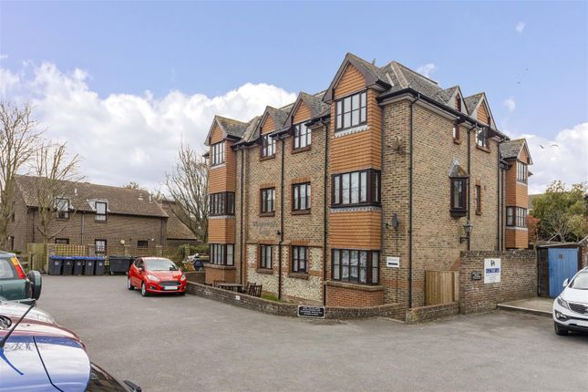 1 bed flat for sale in West Street, Sompting, Lancing BN15