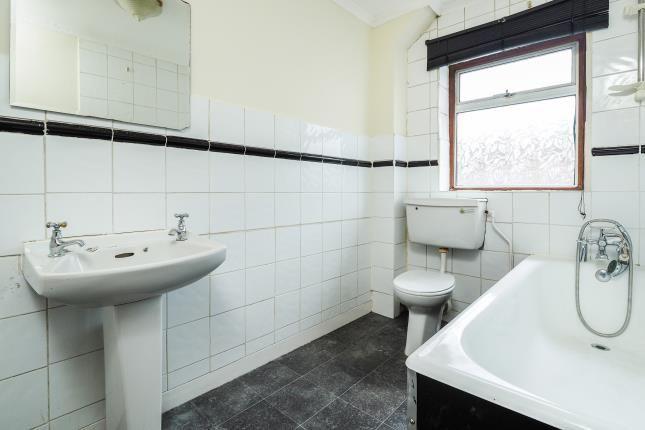 Bathroom of Thorneywood Rise, Thorneywood, Nottingham, Nottinghamshire NG3