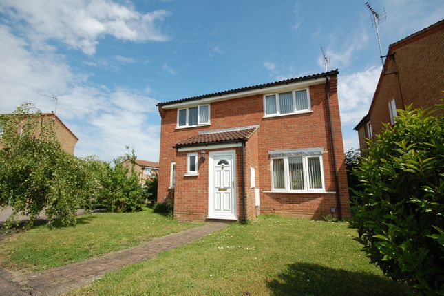 Thumbnail Detached house for sale in Siskin Close, Colchester