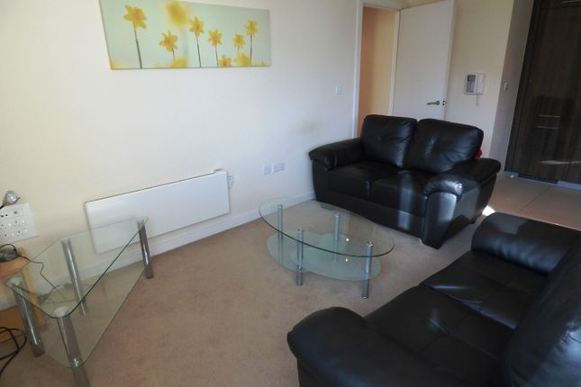 2 bed flat to rent in Block 11, Blackfriars Road, Manchester