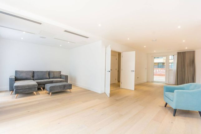 Thumbnail Flat to rent in Central Avenue, Fulham
