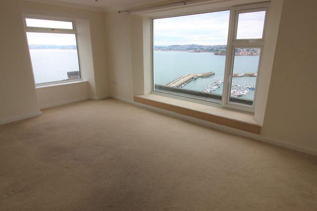 Thumbnail Flat to rent in Vane Hill Road, Torquay