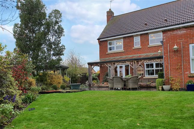 Picture No. 90 of The Pines, Kingswood, Hull, East Yorkshire HU7