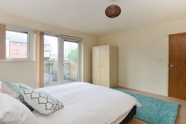 Thumbnail Flat to rent in The Wharf, Old Mill Wharf, Droylsden, Droylesden