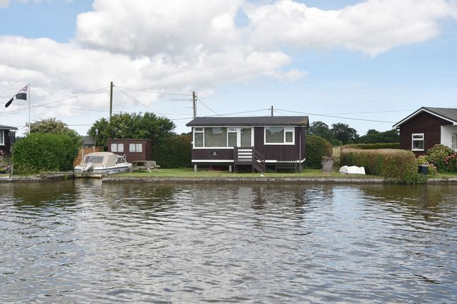 Thumbnail Detached bungalow for sale in North West Riverbank, Potter Heigham