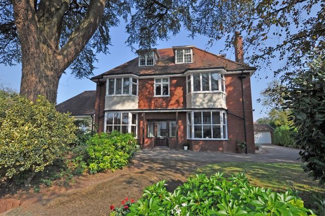 Thumbnail Flat for sale in Exceptional Maisonette, Fields Park Gardens, Newport