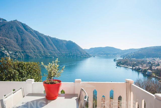 Thumbnail Triplex for sale in Cernobbio, Lago di Como, Ita, Cernobbio, Como, Lombardy, Italy