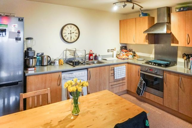 Kitchen of 998 Lincoln Road, Peterborough PE4