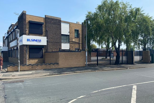 Thumbnail Office to let in Armstrong Street, Grimsby