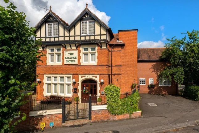Thumbnail Detached house for sale in London Road, Newark
