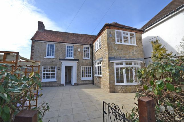 Thumbnail Flat for sale in High Street, Selsey
